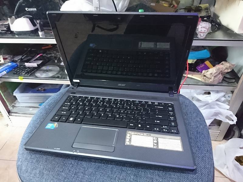 Acer 4739 intel Core i3 2,4 Ghz Ram2 Hdd320 istime