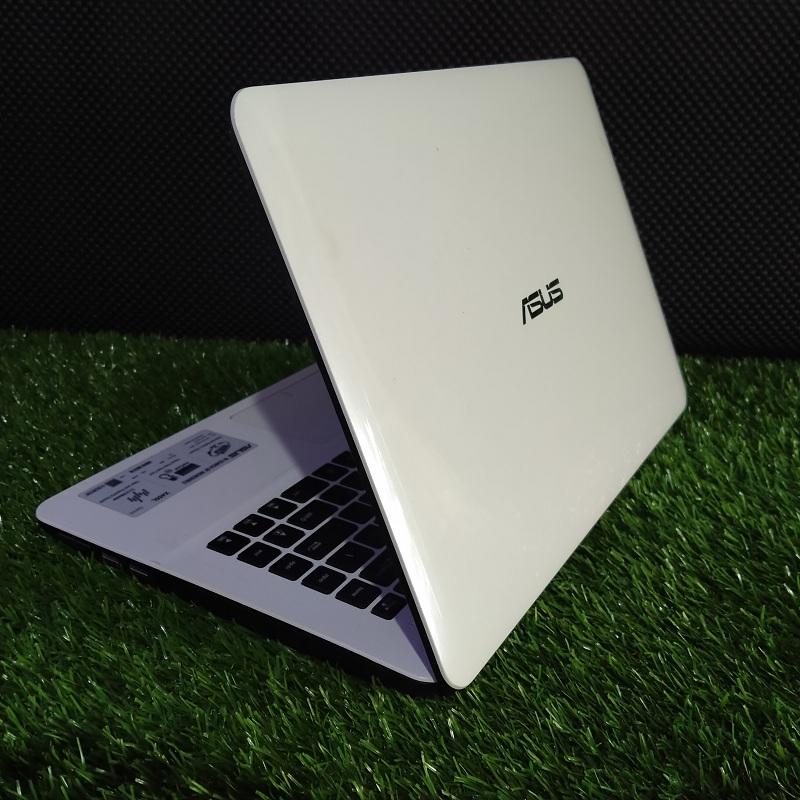 Asus X455L Core i3-4005U Multimedia Ngebut