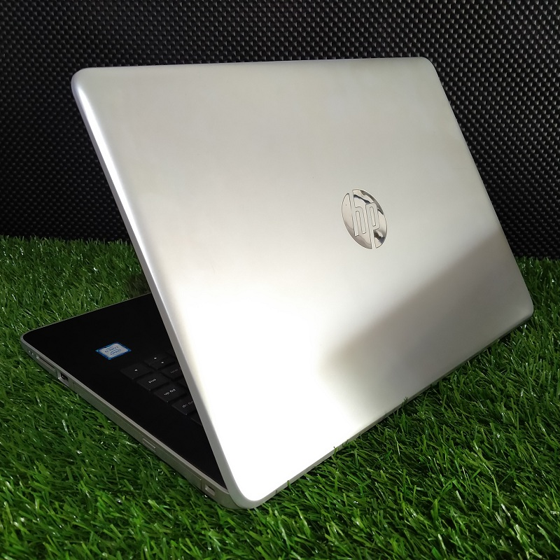 Laptop Slim HP 14-BS740TU Core i3 6th HD 520 Siap