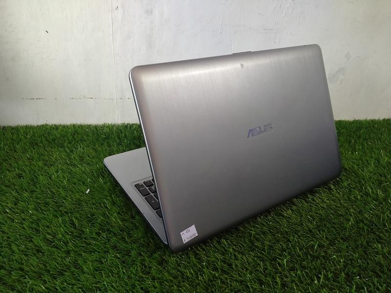 Layar 15'inc Asus X540L Core i3 4th Intel HD Perfo