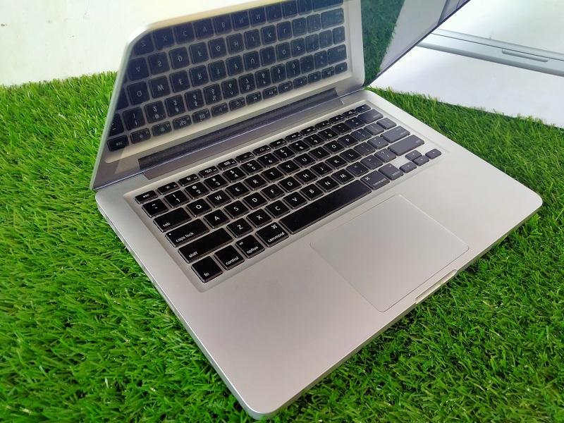 Macbook Pro 2011 Core i5 Intel HD 3000 Backlit 4GB