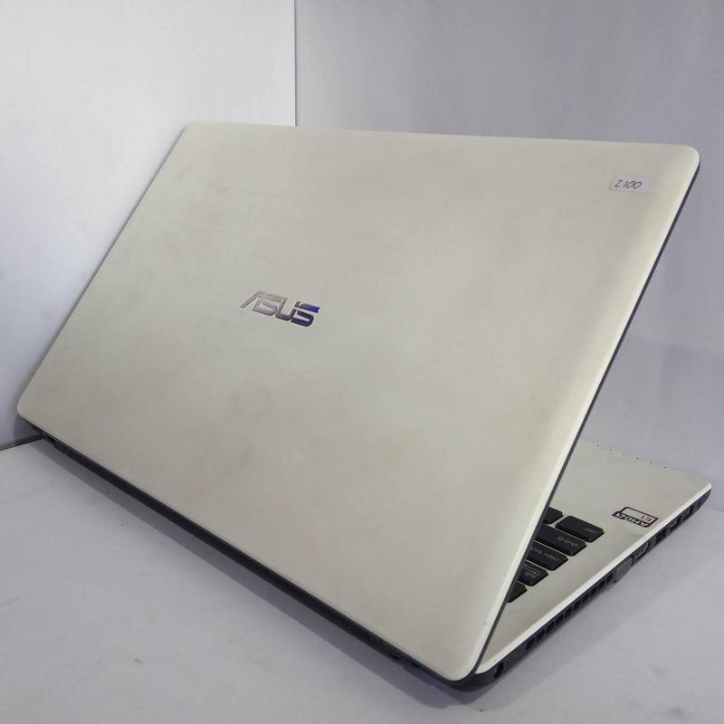 ASUS X552W AMD E1-6010/RAM 2GB/HDD 500GB