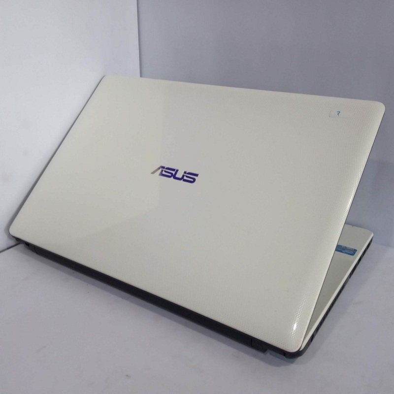 Asus A450C Core i3 RAM 2/500
