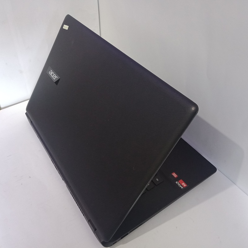 Acer ES1 521 AMD A8 6410 Ram 6GB HDD 1TB