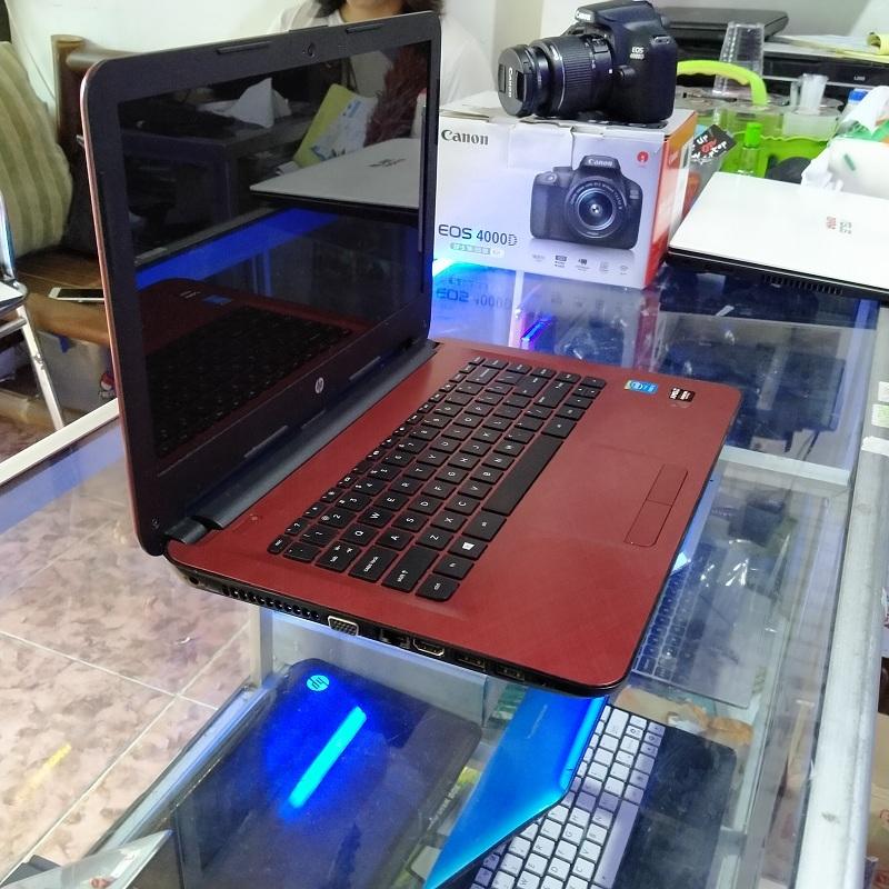 HP 14-Ac140TX Core i3 Radeon R5 M330 2GB