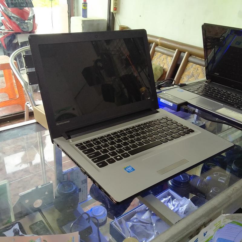 Laptop Anak Muda Lenovo Ideapad 300 Celeron N3150