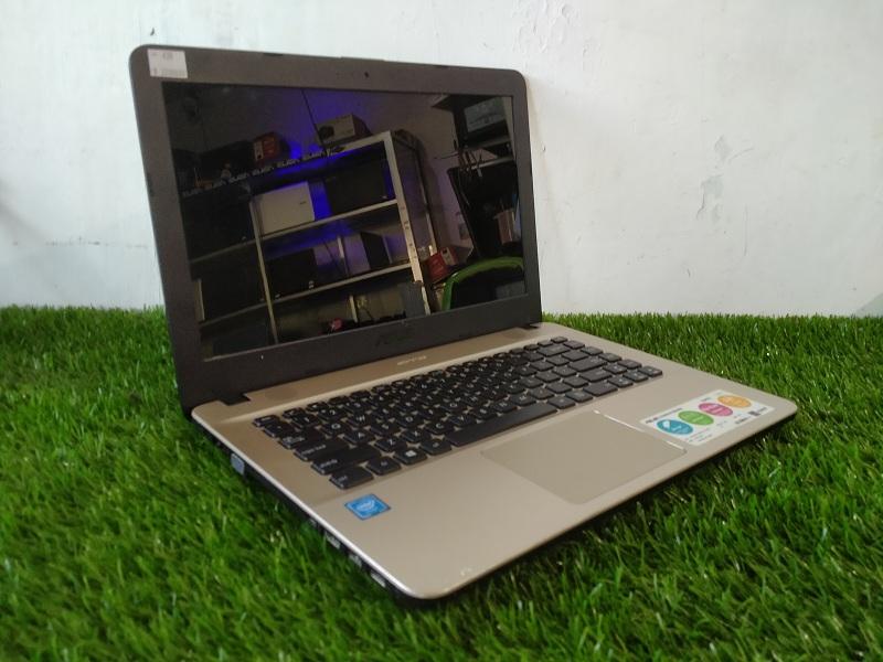 Laptop Tangguh Asus X441N Celeron N3350 ISTIMEWA
