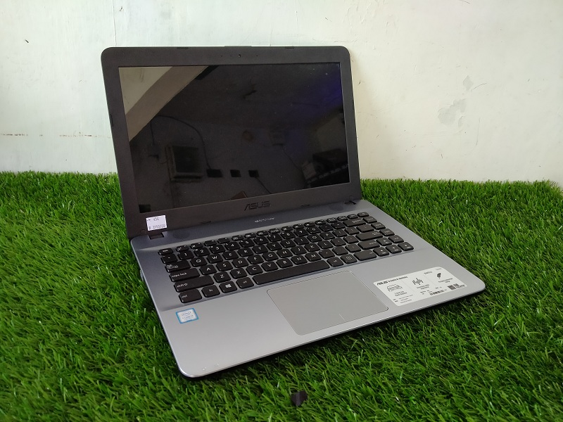 MULTIMEDIA ASUS X441U Core i3-7020 Intel HD RAM 4G