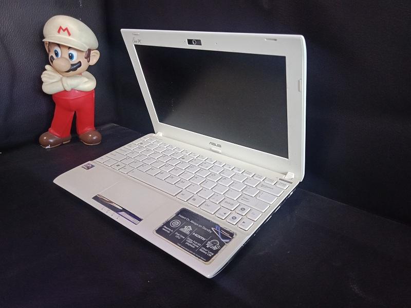 Notebook Asus 1025C Intel N2600