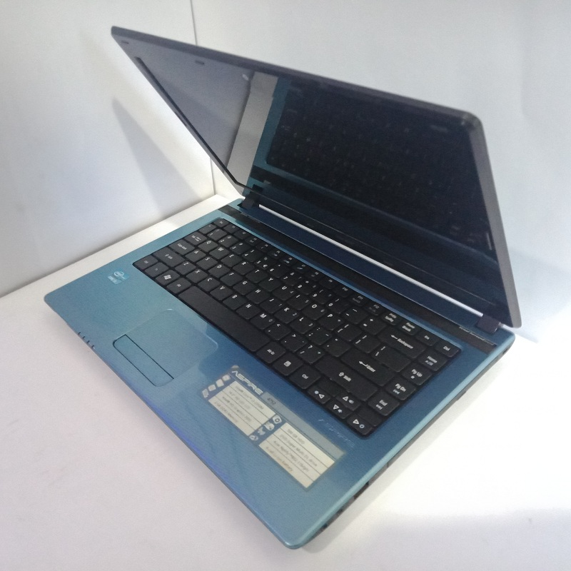 Acer Aspire 4752 core i3 RAM 2GB/500GB