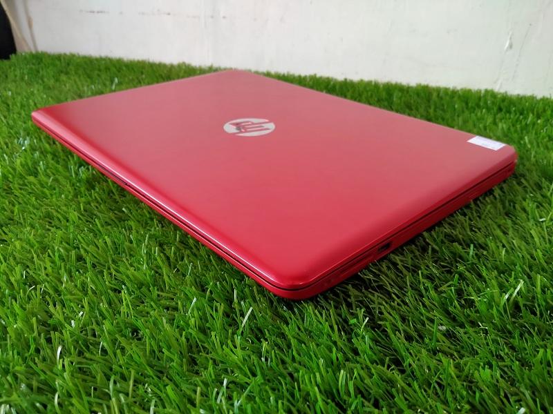 HP 14-BS0104TX Core i5-7200U Dual VGA Radeon M520