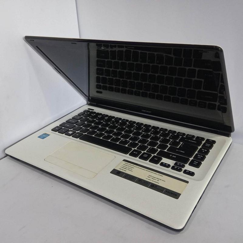 Acer E1-410 Intel Celeron  QuadCore N2920