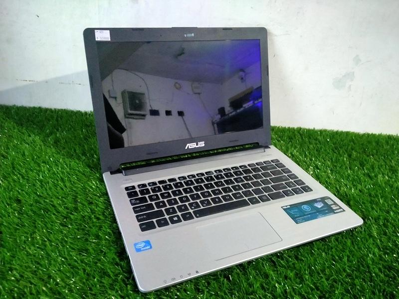 Asus A462C Celeron 1007U Intel HD Body Slim 4/500