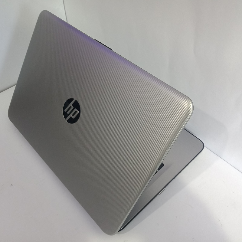 HP 14-an017au AMD Quad-Core A6