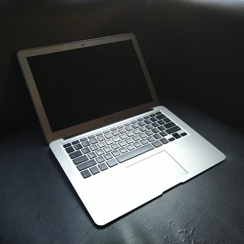 MacBook Air 13 - Mid 2012